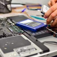 Changing HDD to SSD with OWC Data Doubler for Macbook Pro 15