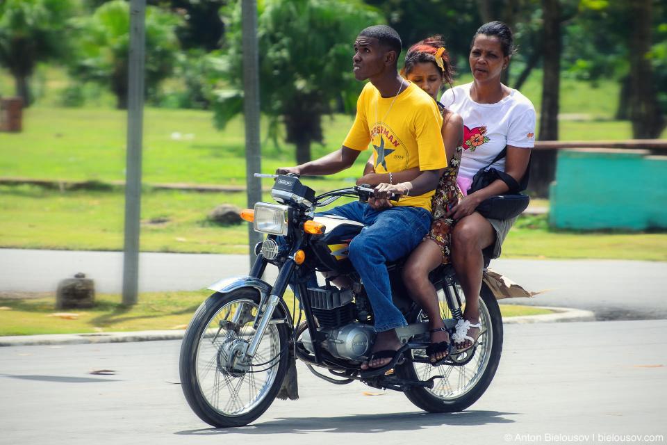 Dominican biking threesome