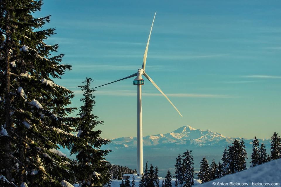 Ветряк Eye of the Wind и гора Baker Mountain