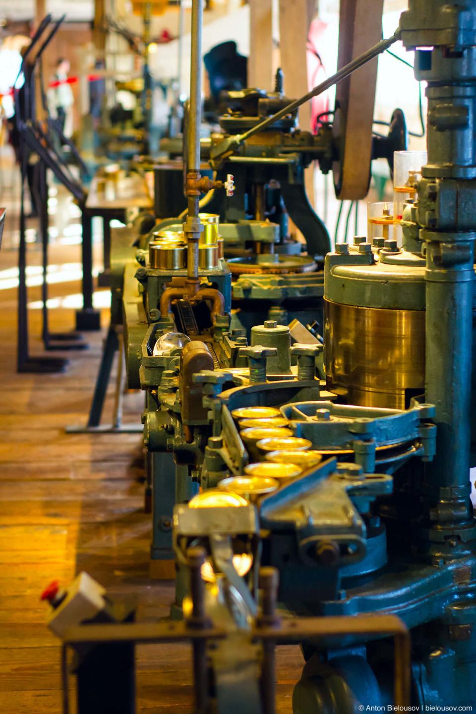 Конвейер начала 20-го века консервного завода Gulf of Georgia