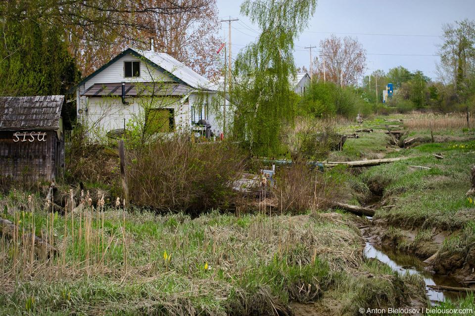 Finn Slough Village: «Sisu» по-фински значит упорство, настойчивость