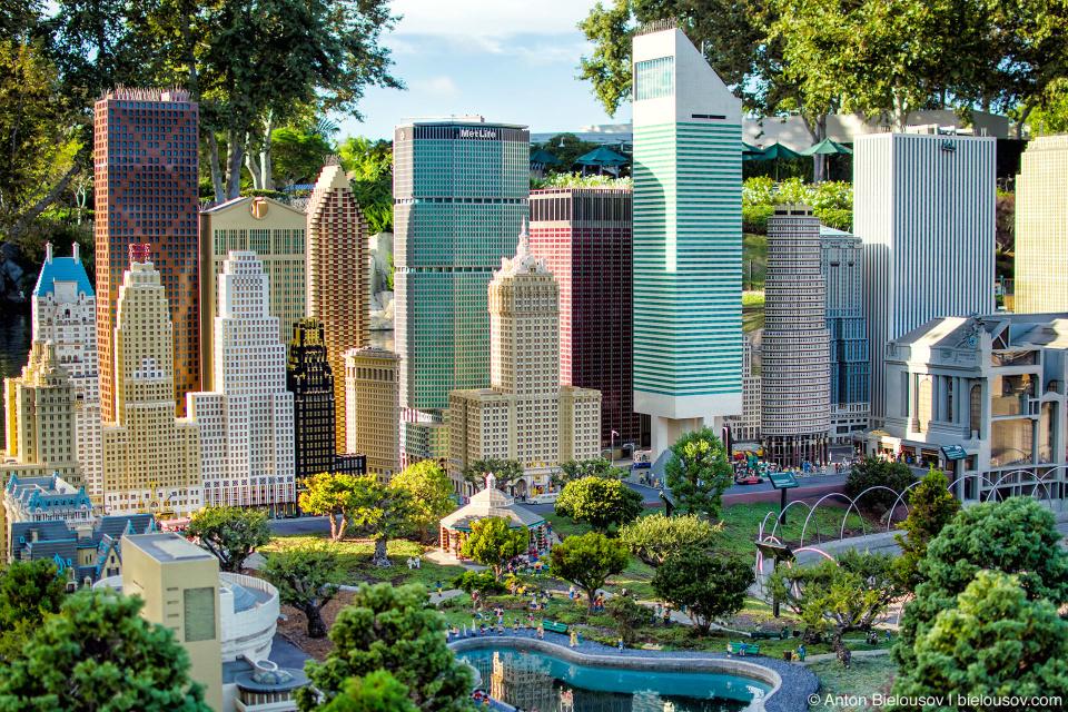 MetLife tower — New York Miniland USA in Legoland, California