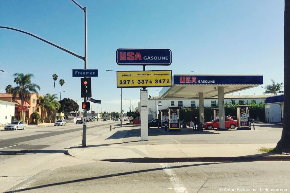 Цены на заправке в Лос-Анджелесе