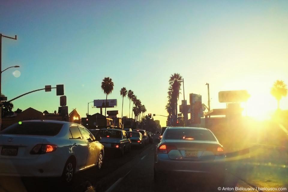 Утро в Лос-Анджелеских пробках