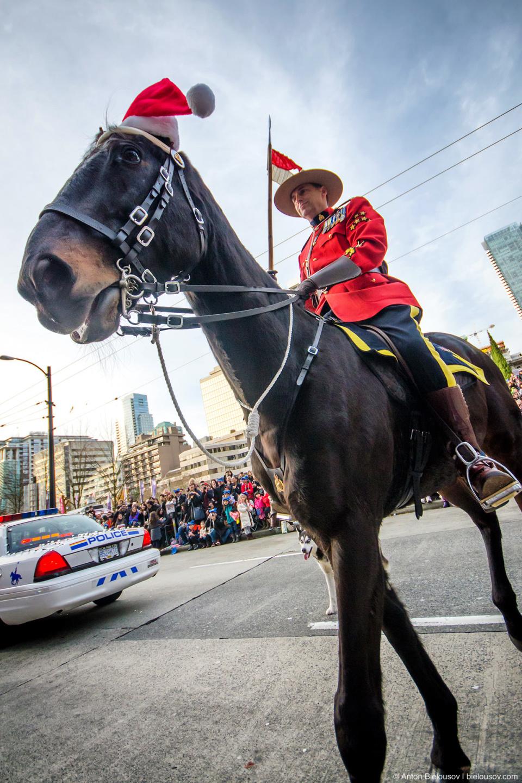 RCMP at Vancouver 11th Santa Claus Parade (2014)