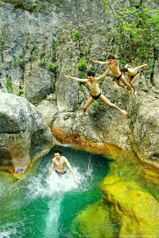 Ванны молодости в Большом каньоне в Крыму