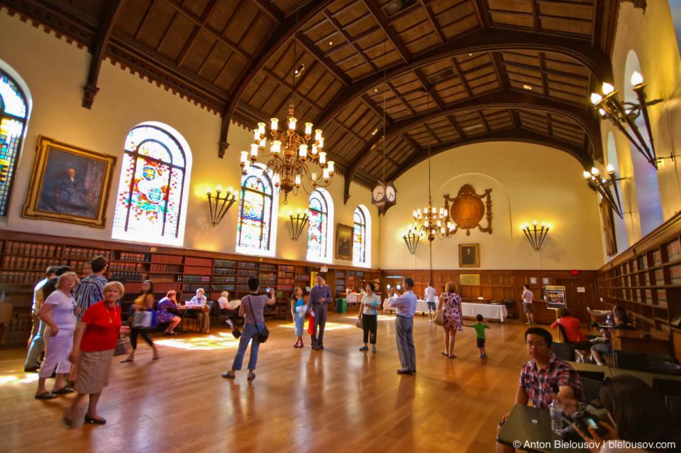 Toronto Osgoode Hall Dinning Room