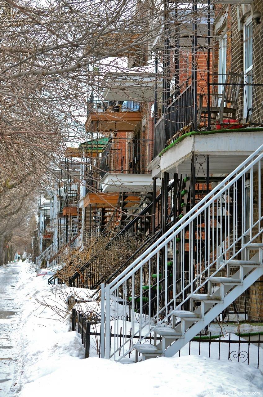 Montréal Stairs