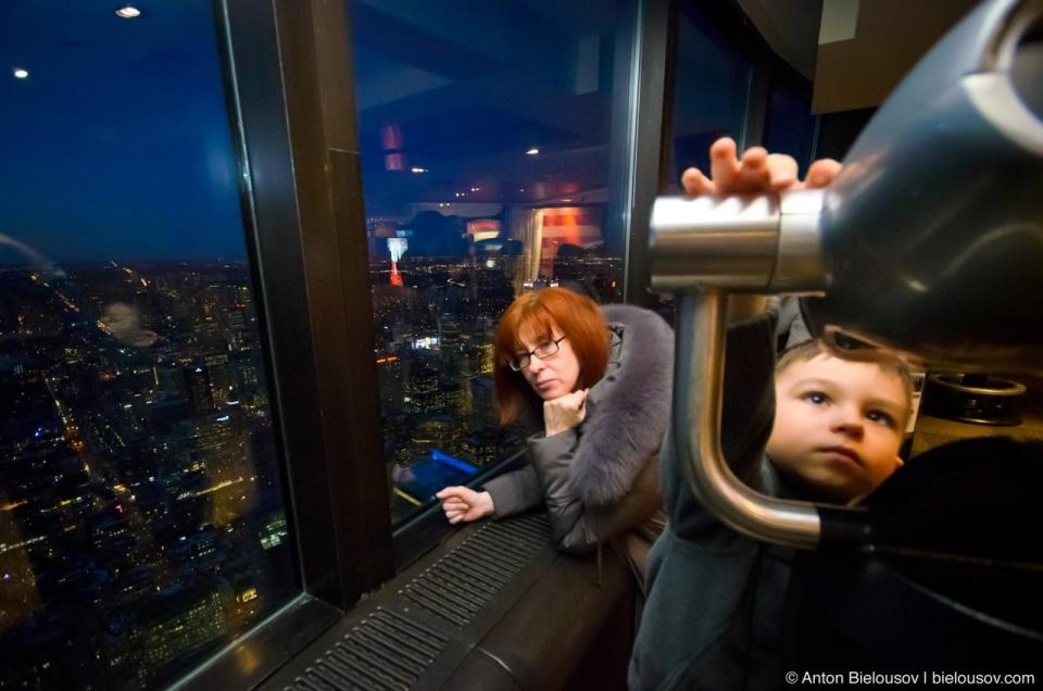 Binoculars at Toronto CN Tower