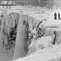 Frozen Niagara Falls in 1911