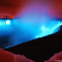 Niagara Falls winter night