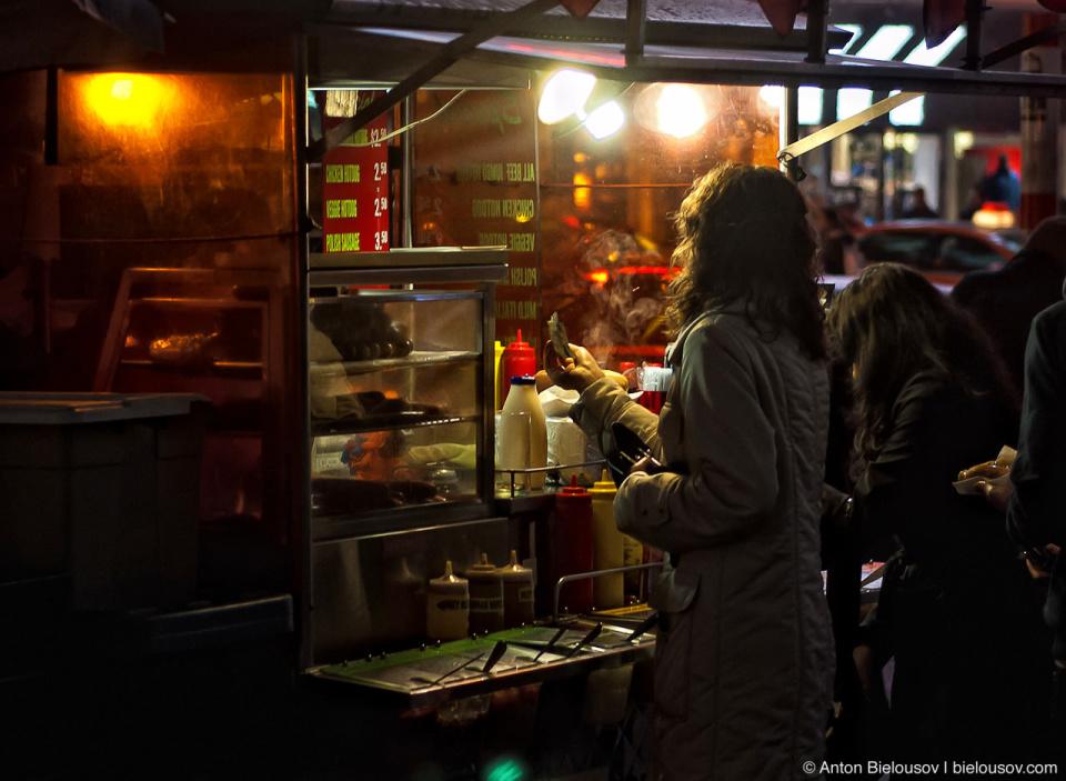 Buying a hot dog on Yonge-Dundas square