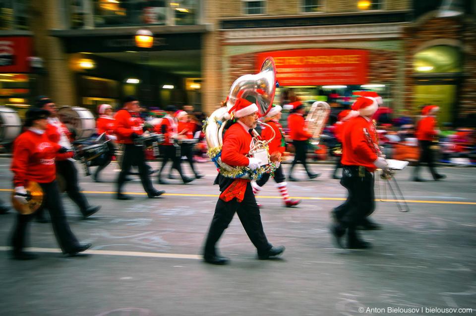 Santa Claus Parade, Toronto 2010