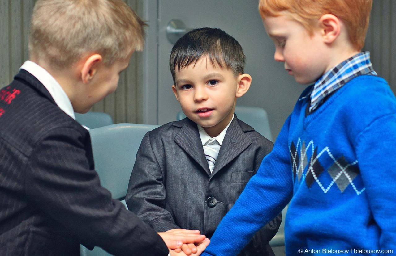 Три друга в детском саду