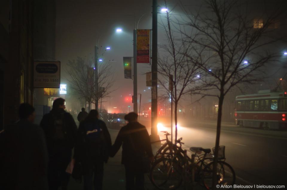 Toronto: fog on Spadina Ave.