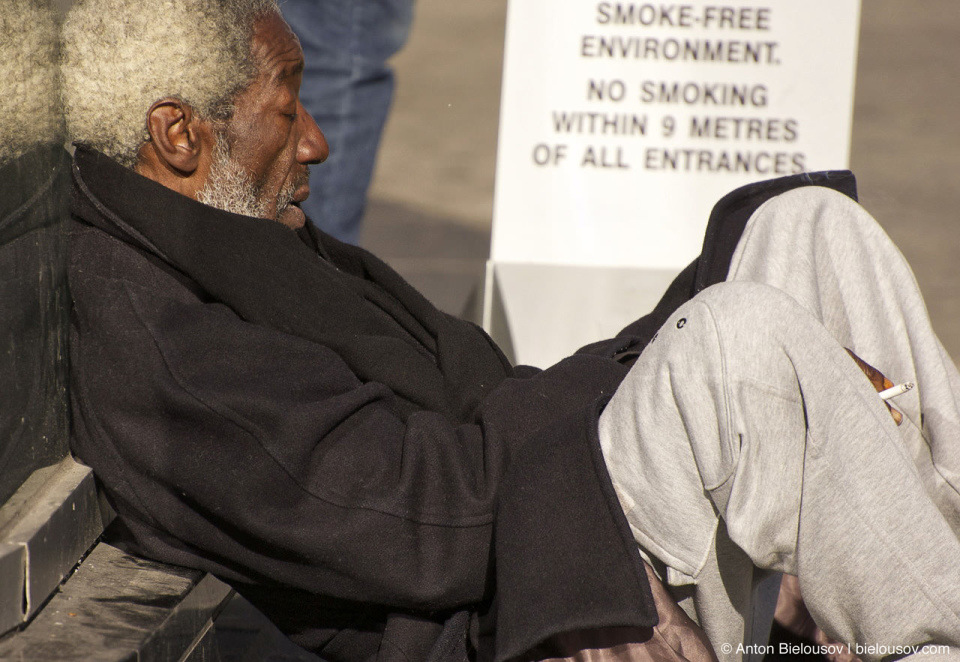 Homeless smoking in smoking free environment near Eaton's Centre (Toronto, ON)