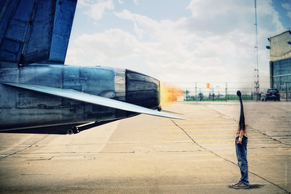 Burned as a match-man in a jet fighter engine flame at Wings and Wheels (self-portrait by Anton Bielousov)