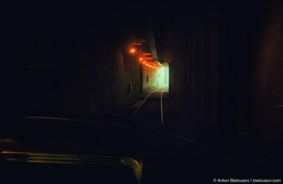 Toronto TTC Streetcars Tunnel on Spadina