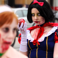 Zombie Walk Snow White