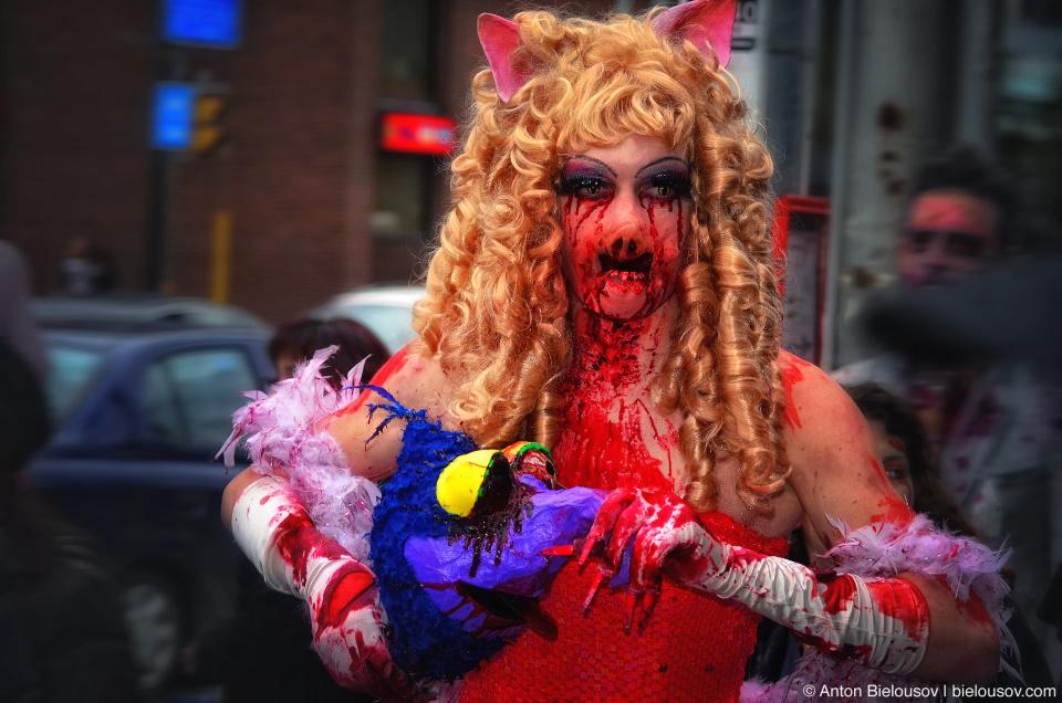 Toronto Zombie Walk 2011 Pictures