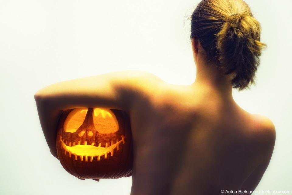 Erotic Halloween Naked Girl