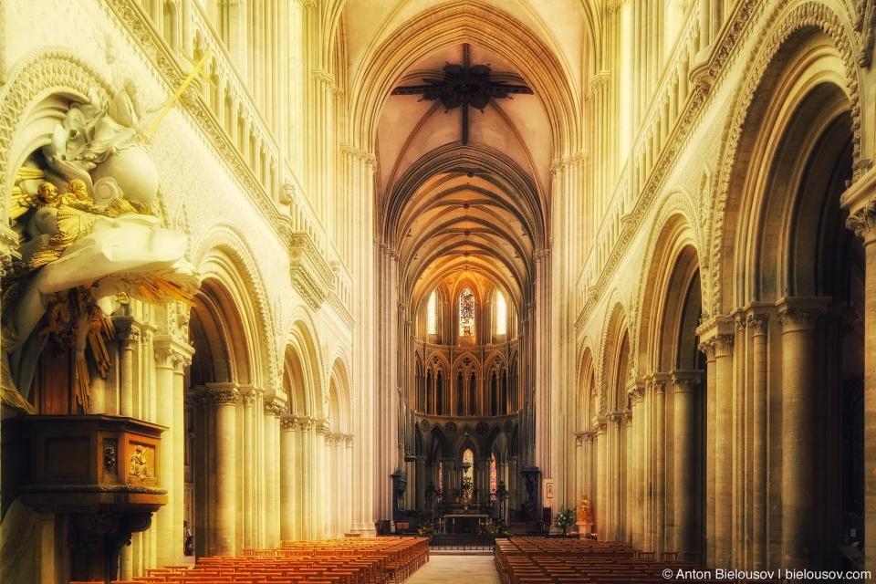 Notre Dame de Bayeux