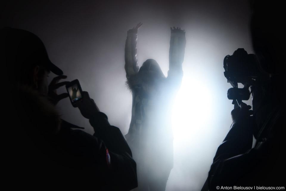 Nuit Blanche: Fog Light at Commerce Court