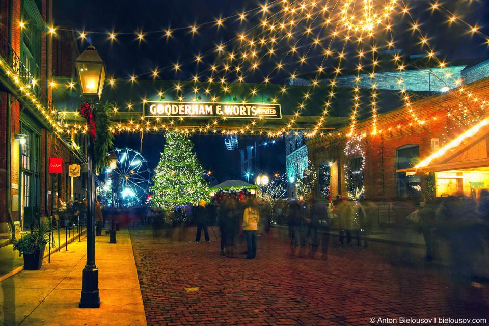 Toronto Christmas Market, Distillery Historic District