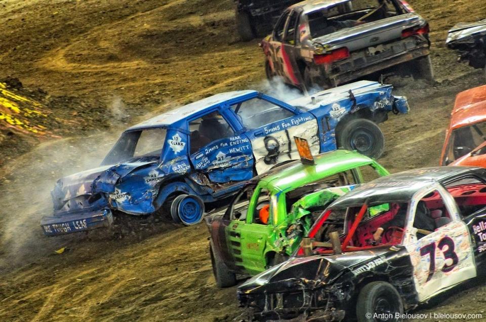 Monster Jam Derby (Toronto, Jan. 21, 2012)