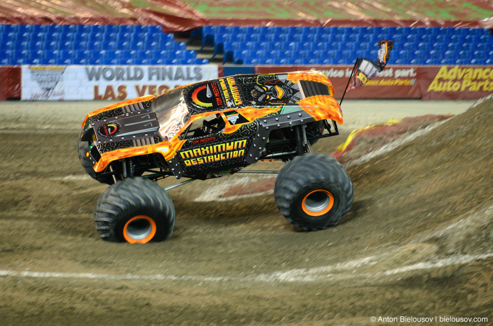 Maximum Destruction Monster Truck (Monster Jam Tour, Toronto, 2012)