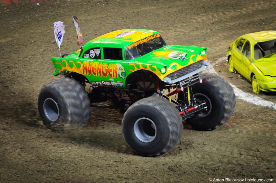 Avenger Monster Truck (Monster Jam Tour, Toronto, 2012)