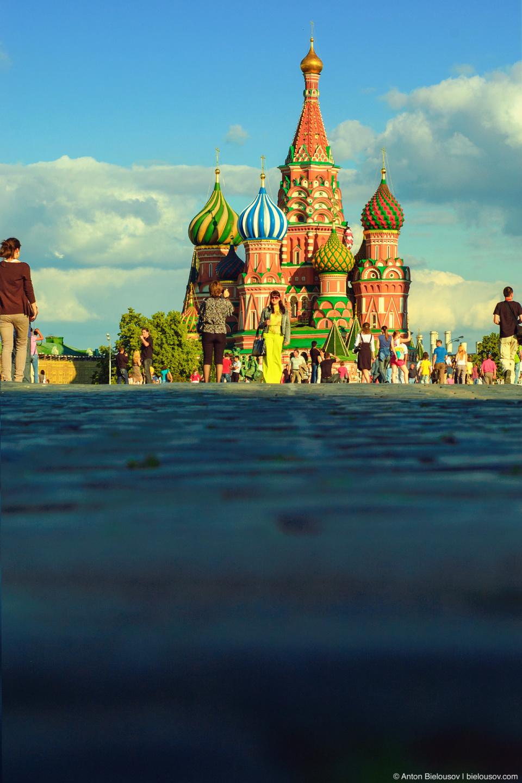 Храм Василия Блаженного (покровский собор в Москве), снятый с брущатки Краной площади.