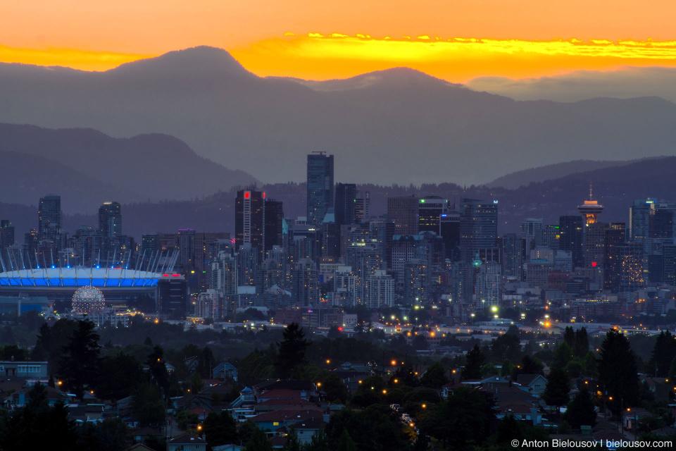 Панорама Ванкувера на закате