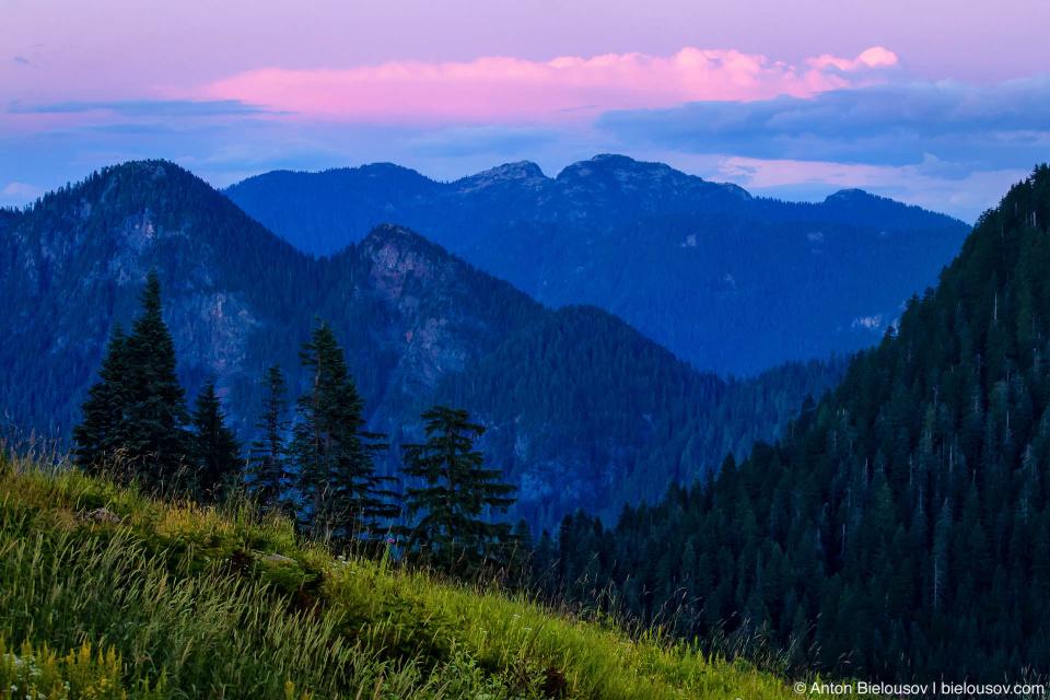 Сиреневый закат на Grouse Mountain