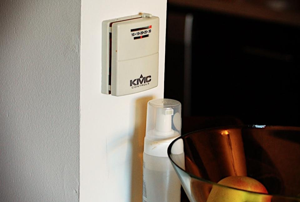 Реостаты управления отоплениям в Канаде есть в каждом доме