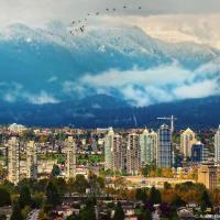 Первый снег в горах Ванкувера