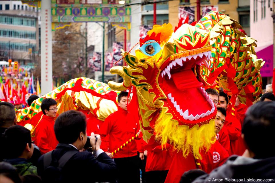 Танец дракона был очень эффективным орыжием в борьбе с Нянем и другими злыми духами