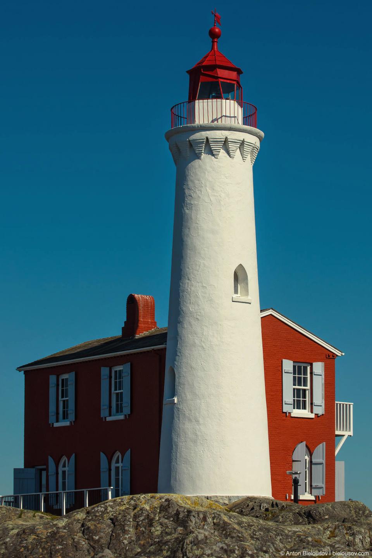 Fisgard Lighthouse — старейший маяк (1860) на западном побережье Канады