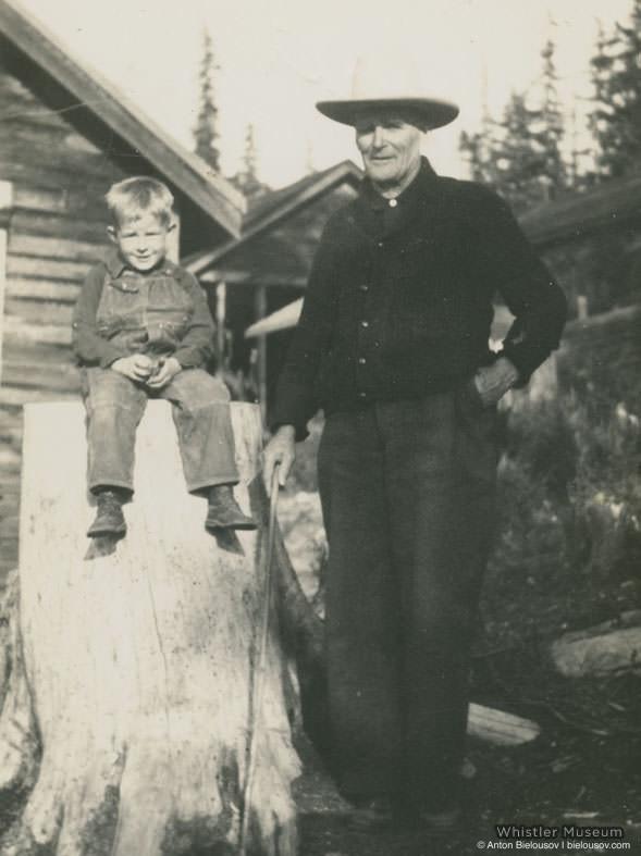 Сын Элисон и Росса Барр в поселке Parkhurst, 1936