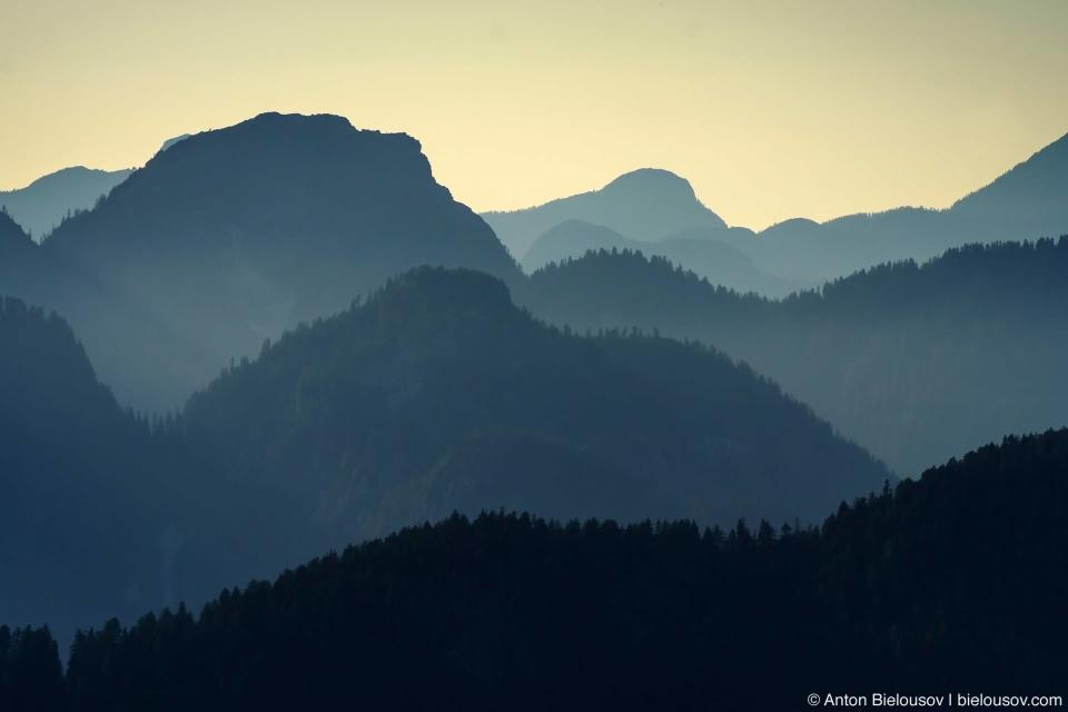 Вид с вершиныВид с вершины Dog Mountain на Каскадные горы