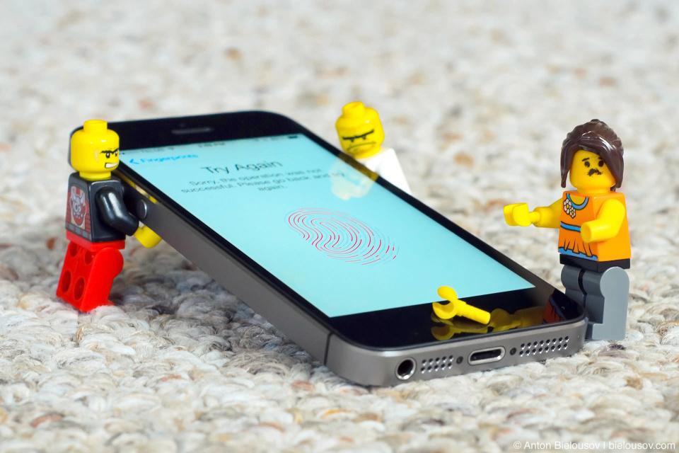 Lego Proof: iPhone 5