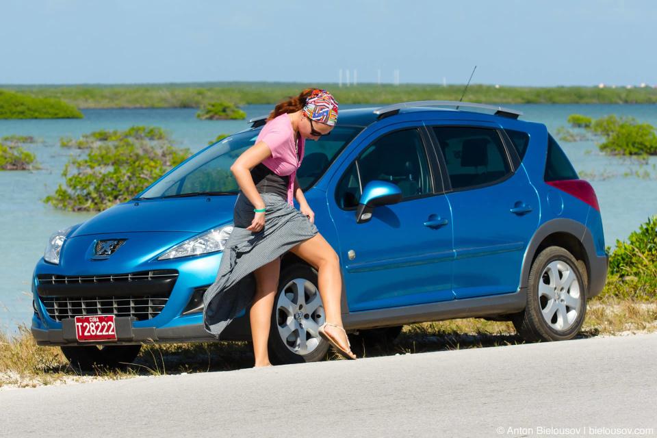 Cuba, Renault rent car