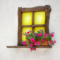 Окно украинской хаты