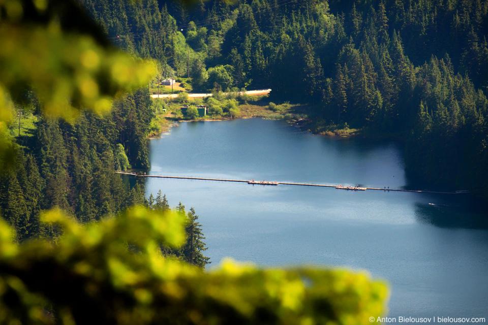 Sasamat lake from Sendero Diez Vistas trail viewpoint