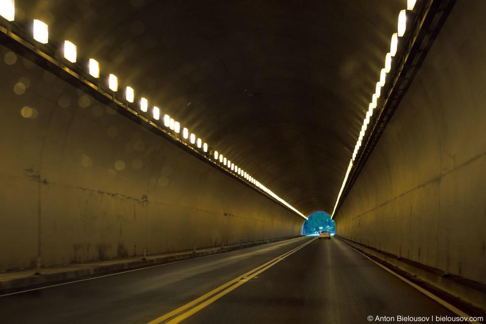 Тоннель на первом хайвее в Британской Колумбии