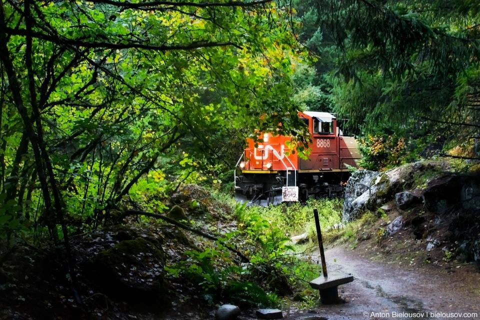 Поезд в парке Alexandra Bridge Park, BC