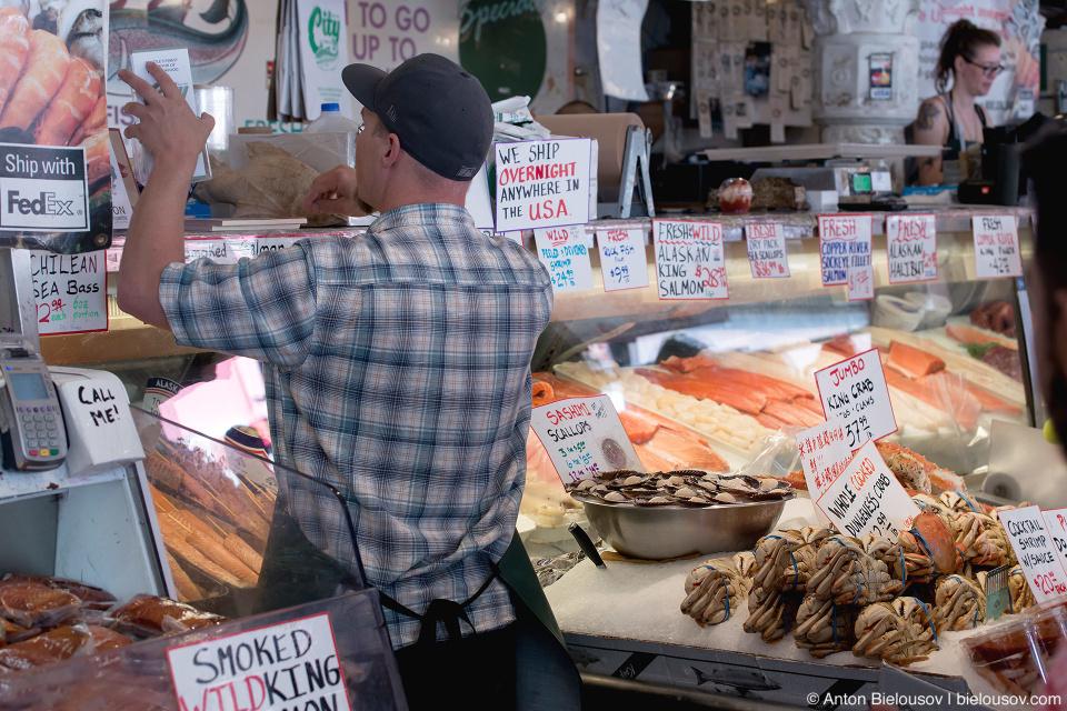 Рыбный рынок в Сиэтле (Pike Place fish market, Seattle, WA)
