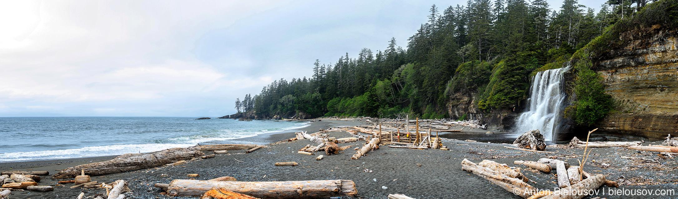 West Coast Trail: Tsusiat Falls Panorama (25km)