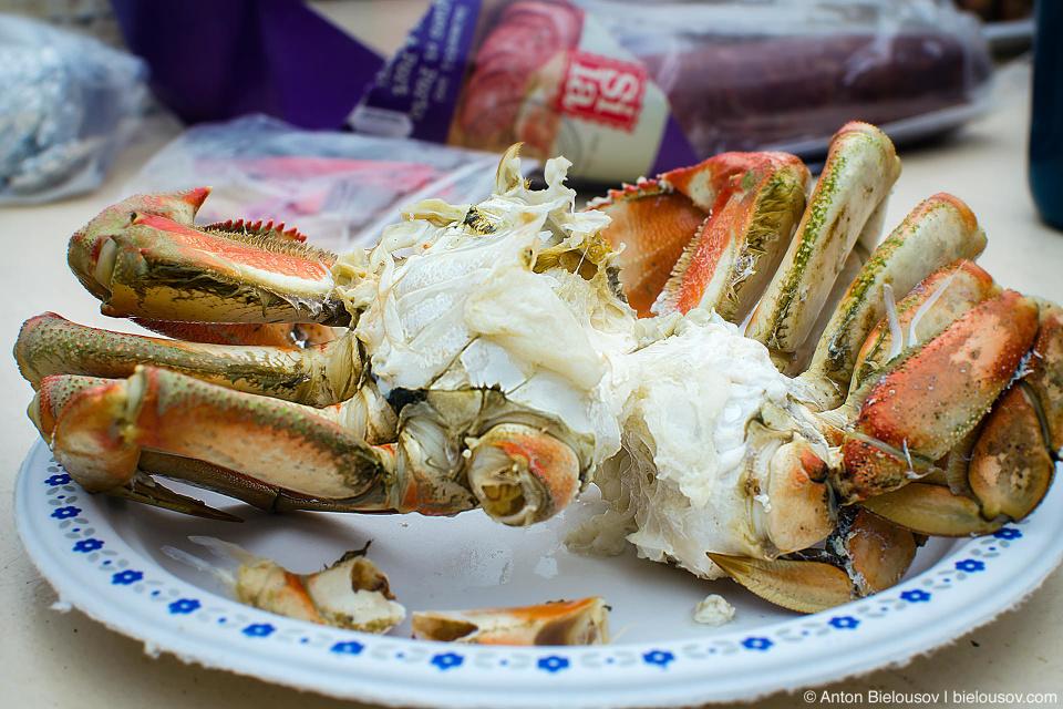 West Coast Trail: eating crab at Nitinat Narrows ferry