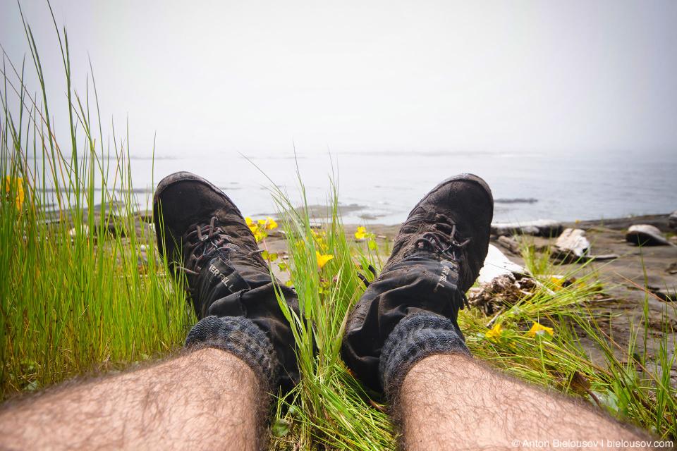 Гамаши (gaiters) — незаменимая вещь на West Coast Trail